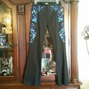Cache Black Pants with Sequins and Embroidery